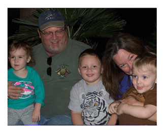 Eva Johnson her husband and grandchildren